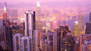 Victoria Peak (550 m n.p.m.) wzgórze, które jest najlepszym punktem widokowym na cały Hongkong zdobywa rocznie 10,088,493 osób.