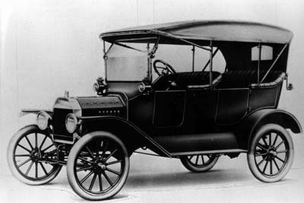 Na samochód Ford Model T obowiązywała w II Rzeczypospolitej oddzielna kategoria prawa jazdy