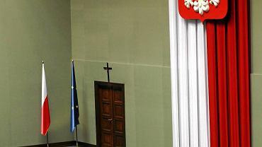Krzyż w sejmowej sali posiedzeń powiesili w 1997 r. posłowie AWS