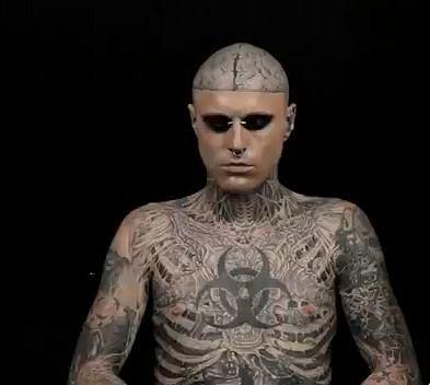 Zombie Boy bez tatuaży - film Dermablend