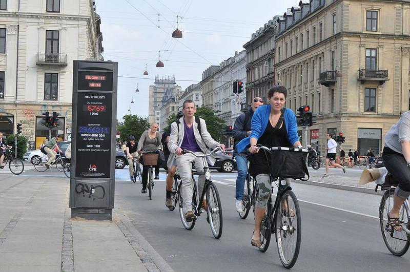 Licznik rowerów w Kopenhadze. Kiedy w polskich miastach rowerów na ulicach będzie tyle samo?