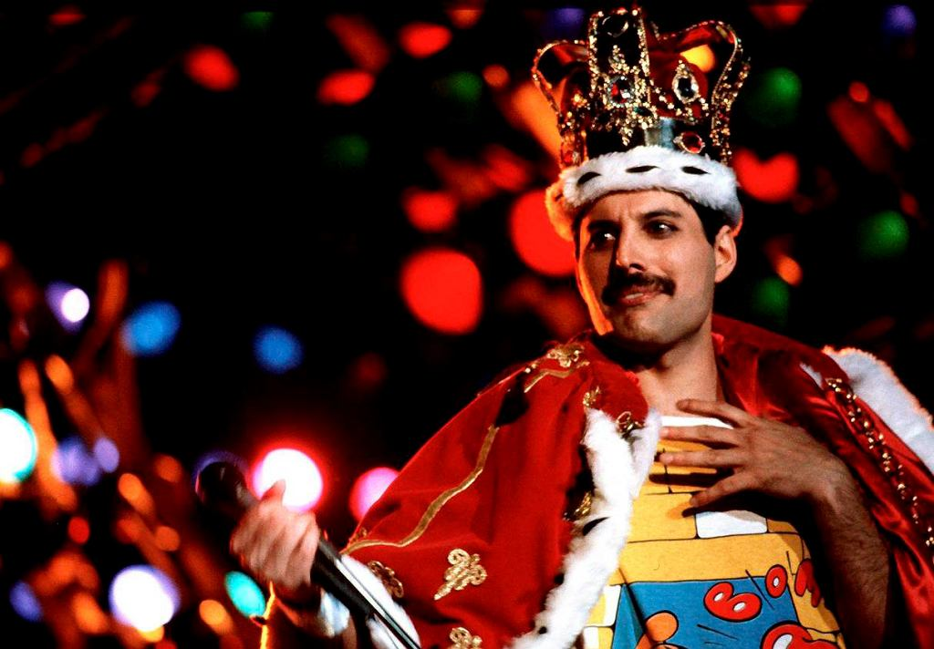 Freddie Mercury, lider zespołu Queen.