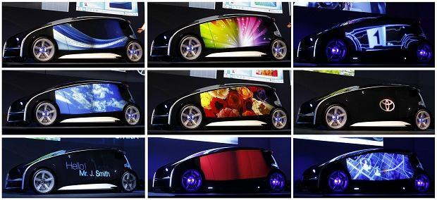 Czy przyszłością motoryzacji jest skrzyżowanie auta i I-phone'a? Nie wiemy, ale stworzony przez projektantów Toyoty samochód koncepcyjny Fun-Vii podbił nasze serca. Na karoserii samochodu można wyświetlić dowolną tapetę i zmienić ją, kiedy nam się znudzi. Może nasze dzieci nie będą skazane na nudne lakiery w kolorze 'zieleń lipy metallic'?