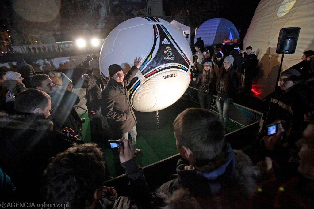 Losowanie finałów Euro 2012 na poznańskim pl. Wolności