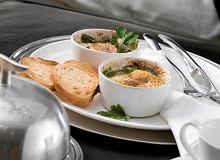 Jajka pieczone w kokilkach - ugotuj