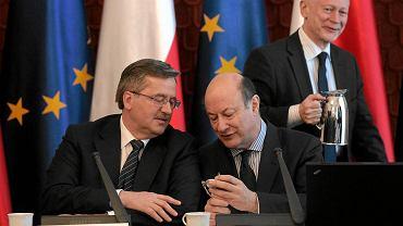 Prezydent RP Bronisław Komorowski, minister finansów Jacek Rostowski, minister cyfryzacji Michał Boni, Pałac Prezydencki, 2011 r.