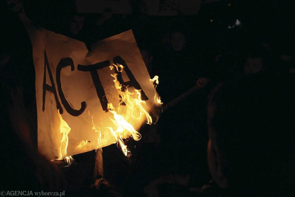 Demonstracje przeciw ACTA wybuchły w wielu państwach Europy