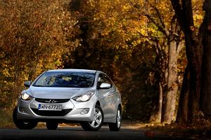 Hyundai Elantra | Za kierownicą