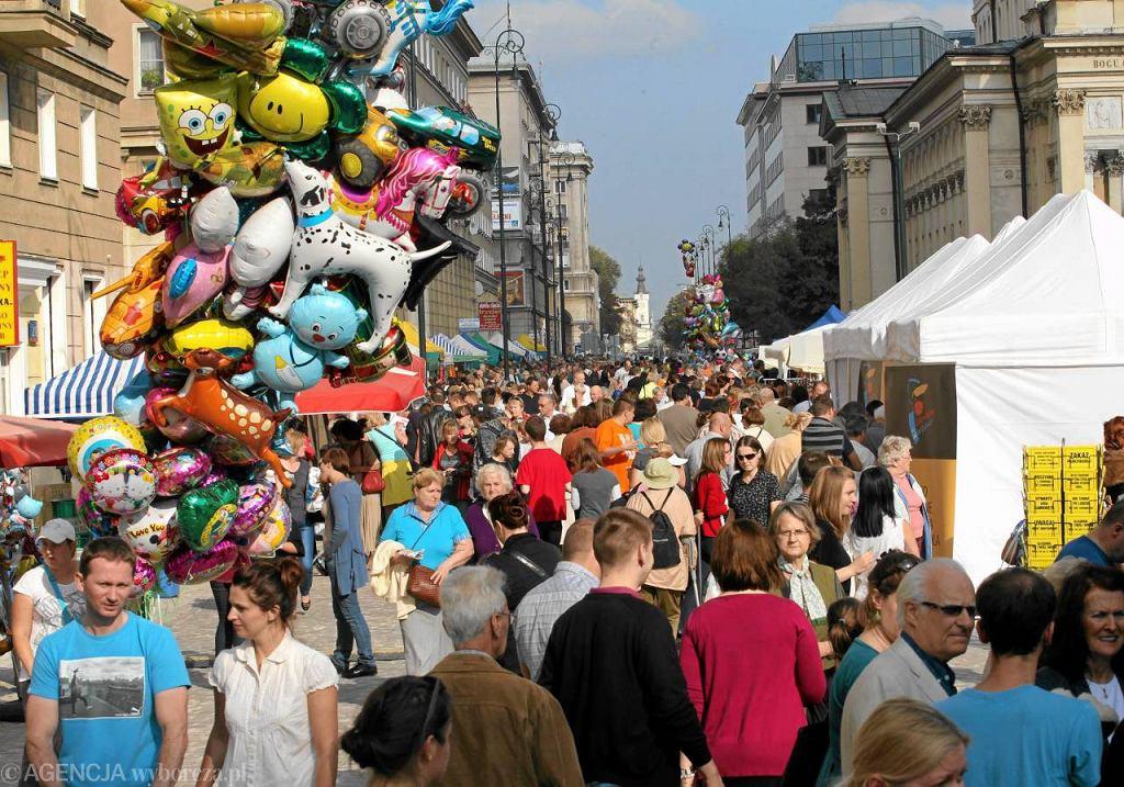 Festyn na zrewitalizowanej ulicy Chłodnej w Warszawie