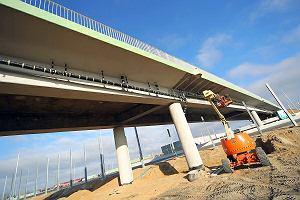 A2 pod Warszawą prawie gotowa. Wkrótce otworzą wiadukty