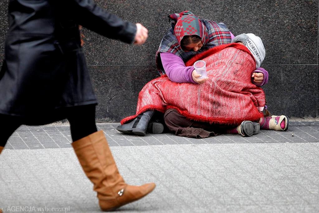 Żebrząca rodzina romska