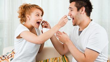 Kochanie, zjedz jogurt!