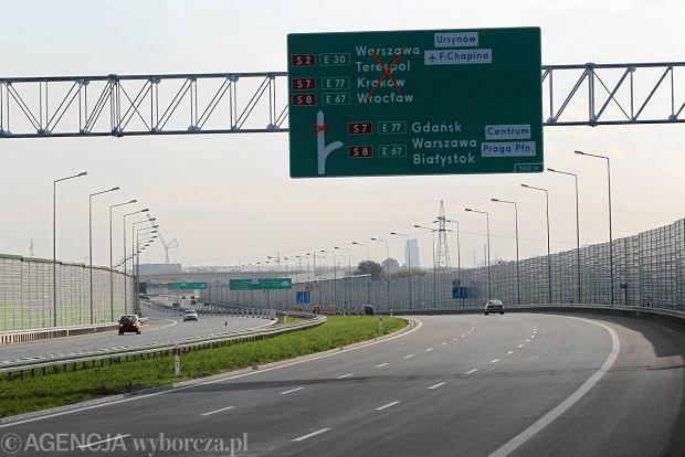 Znaki na autostradzie - co zrobić, jeśli wjedziesz pod prąd?