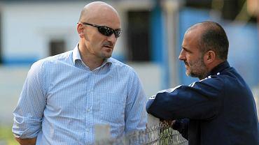 Wiceprezes Wisły Jacek Bednarz i trener Michał Probierz