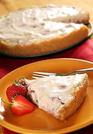 Deser serowo-truskawkowy