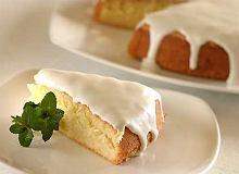 Ciasto migdałowe z polewą kokosową - ugotuj