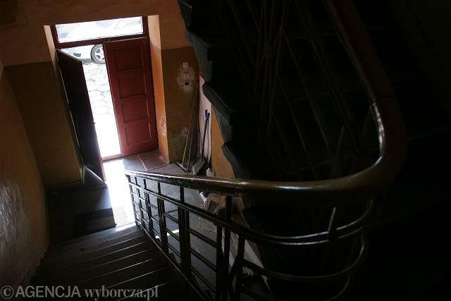 Klatka schodowa (zdjęcie ilustracyjne)