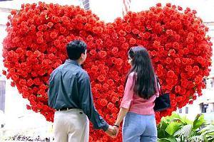Pieniądze dla zakochanych. Czy warto iść razem po konto i kredyt?