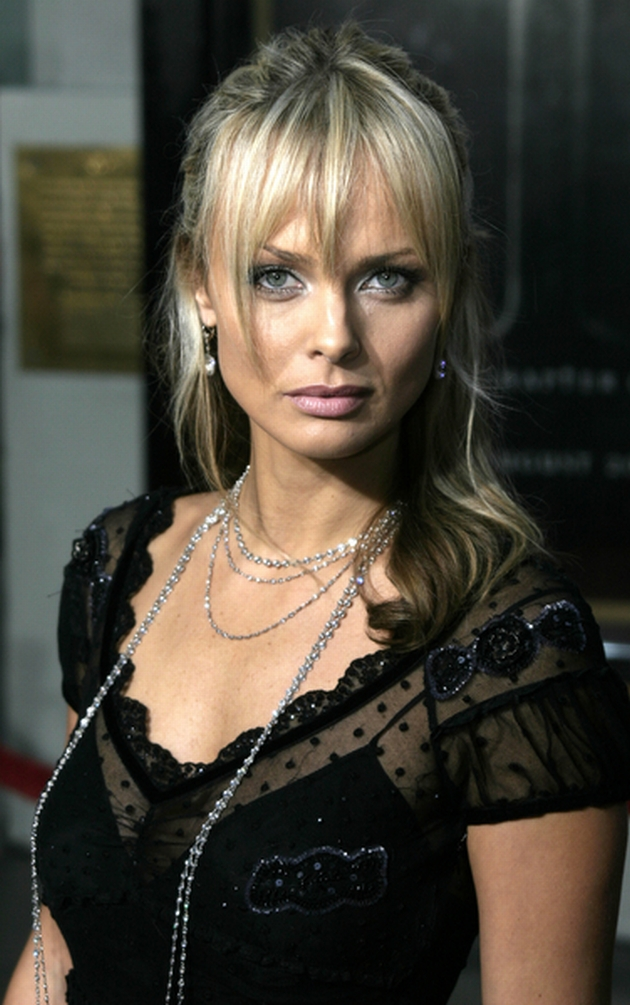 08/18/2004 - Izabella Scorupco - The Exorcist: The Beginning Los Angeles World Premiere - Red Carpet - Grauman's Chinese Theatre - Keywords:  - Photo Credit: David Gabber / Photorazzi - Contact (1-866-551-7827)