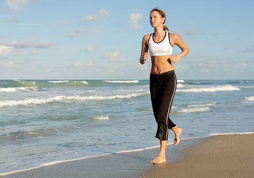 Biegać może każdy, dlatego też jogging staję się coraz bardziej popularny.