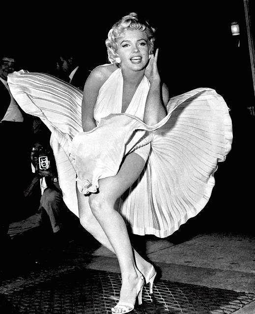 Marylin w białej sukience, którą unosi powietrze z wywietrznika metra, to jeden z najbardziej rozpoznawalnych wizerunków aktorki