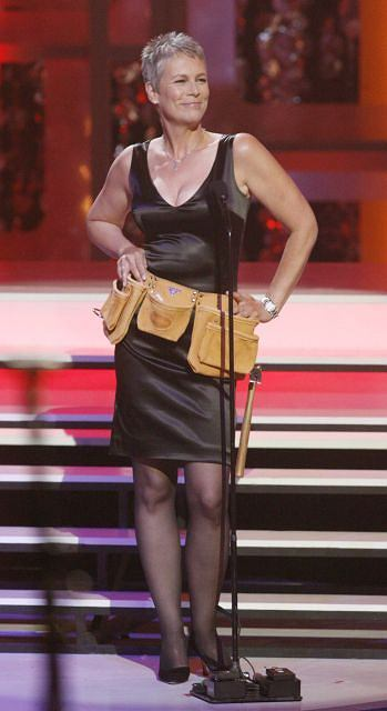 "Actress Jamie Lee Curtis wears a tool belt as she presents an award honoring the cast of ""Home Improvement"" at the taping of the 7th annual TV Land Awards in Los Angeles, California April 19, 2009. The awards show honors classic TV shows and will be telecast April 26 on the TV Land cable channel. REUTERS/  fred                (UNITED STATES ENTERTAINMENT)"