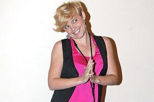 Gwiazdy zmieniają się na lato. Ania Dąbrowska na przykład skróciła włosy i po raz kolejny ufarbowała je na blond. Jak podoba wam się Ania w swoim letnim wydaniu?