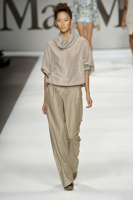 Max Mara fot. EAST NEWS (ZEPPELIN)