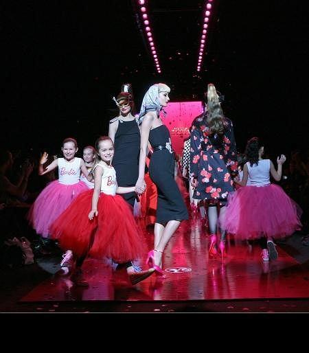 Pokaz z okazji 50 urodzin Barbie 14.02.2009