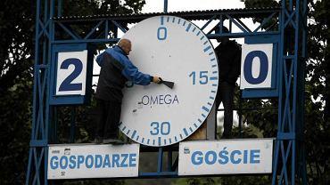 Zegar Omega na stadionie Ruchu