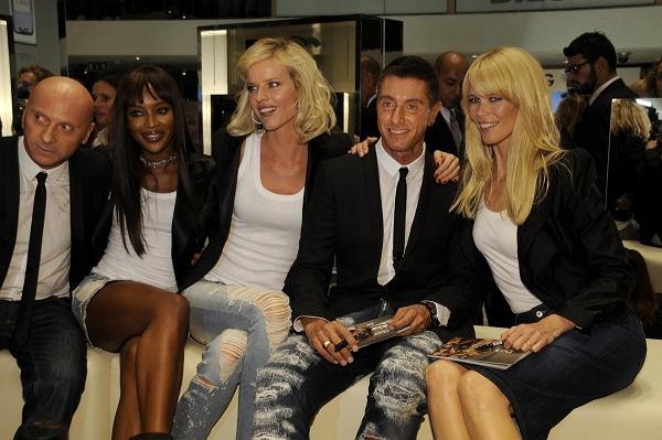 Domenico Dolce, Stefano Gabbana, Eva Herzigova, Naomi Campbell i Claudia Schiffer - promocja perfum Dolce Gabbana