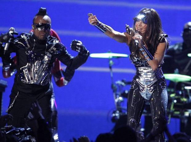 Zdjęcie numer 15 w galerii - Dwie największe triumfatorki Grammy 2010 [galeria]