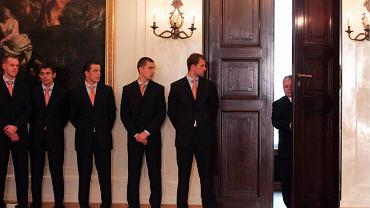 Prezydent Kaczyński i piłkarze