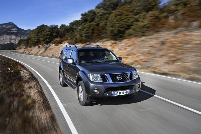 Nissan Pathfinder i Navara (face-lifting 2010)