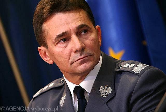 B. komendant główny policji Andrzej Matejuk