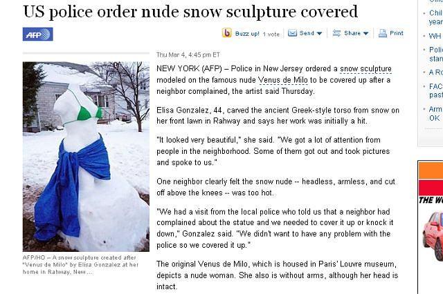 Kontrowersyjna śniegowa rzeźba Fot. za yahoo.com