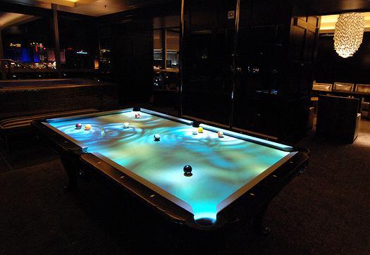 Interaktywny stół bilardowy zainstalowany w Hard Rock Hotel and Casino w Las Vegas