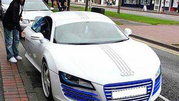 """Właścicielem tego """"gustownie"""" ozdobionego Audi R8 jest Stephen Ireland"""