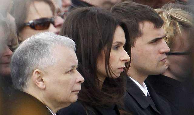 Jarosław Kaczyński i jego bratanica Marta z mężem