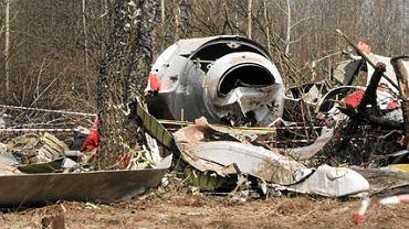 Szczątki prezydenckiego samolotu w Smoleńsku