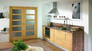 Drzwi przesuwne znajdują zastosowanie wszędzie tam, gdzie drzwi rozwierane zabierałyby zbyt wiele miejsca