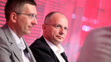 Maciej Owczarek z Enei (z lewej) i Zbigniew Rapciak, prezes Polskiego LNG podczas debaty