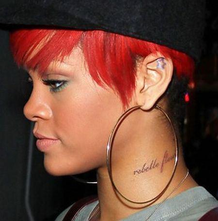 Rihanna Ma Nowy Tatuaż Na Szyi