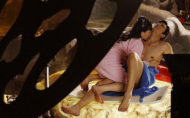 Oj będzie się działo. Pewne studio w Hong Kongu postawiło nakręcić porno w wersji 3D.