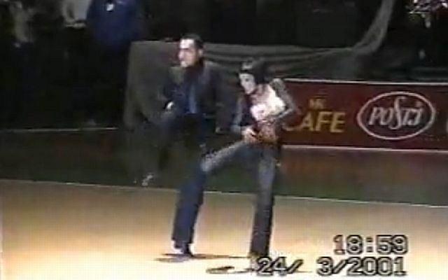 Agustin Egurrola tańczy tango. Archiwalne nagranie z 2001 roku.