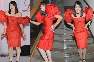 Ewa Kuklińska na imprezie Luksusowa Marka Roku 2010 zaprezentowała zupełnie odjechany look. Próbowała się chyba wystylizować na Lady Gagę, ale... nie wyszło.