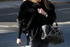 Kate Moss podczas kariery modelki wielokrotnie występowała w futrach, także w życiu prywatnym.