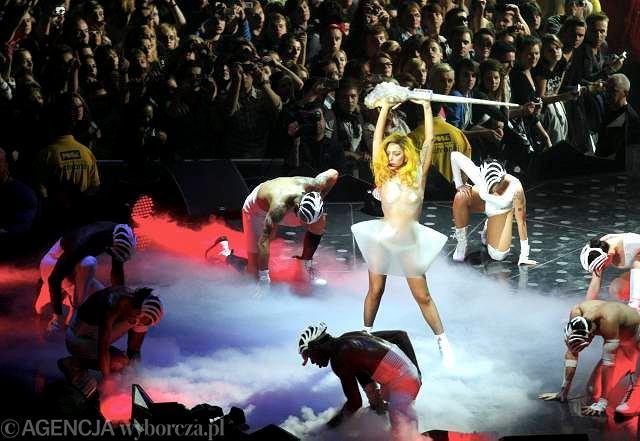 26.11.2010 Gdańsk. Lady Gaga w Ergo Arenie  / Fot. Renata Dąbrowska / Agencja Gazeta