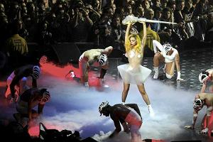 Lady Gaga podbiła serca fanów zgromadzonych w gdańskiej Ergo Arenie. Show było jak zwykle na najwyższym poziomie. Wielotonowy sprzęt przywieziono do Gdańska aż trzydziestoma tirami. Nic dziwnego, skoro na scenę wjechał nawet wagon nowojorskiego metra.