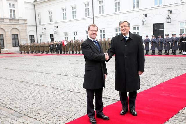 Prezydenci Miedwiediew i Komorowski